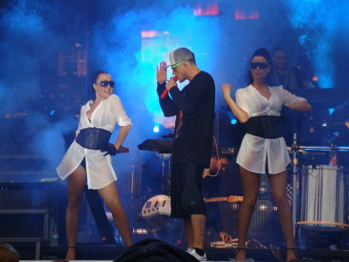 Mette Truelsen danser for Nick & Jay 2010
